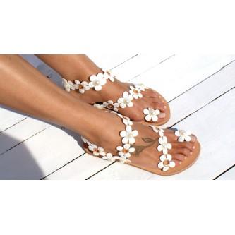 Выбираем женские сандали на лето
