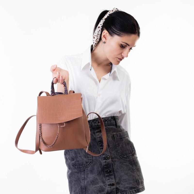 Рюкзак жіночий коричневий з ланцюжком Oliaver