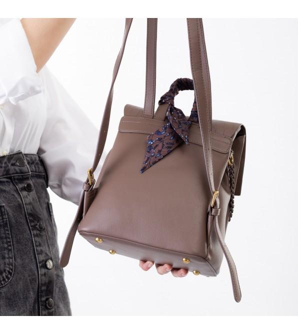 Рюкзак жіночий кольору мокко з ланцюжком Oliaver