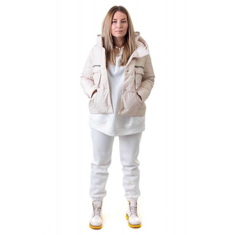 Куртка жiноча кремова з накладними кишенями