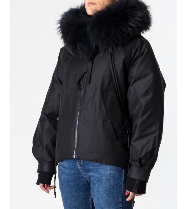 Пуховик жіночий зимовий з капюшоном TOWMY