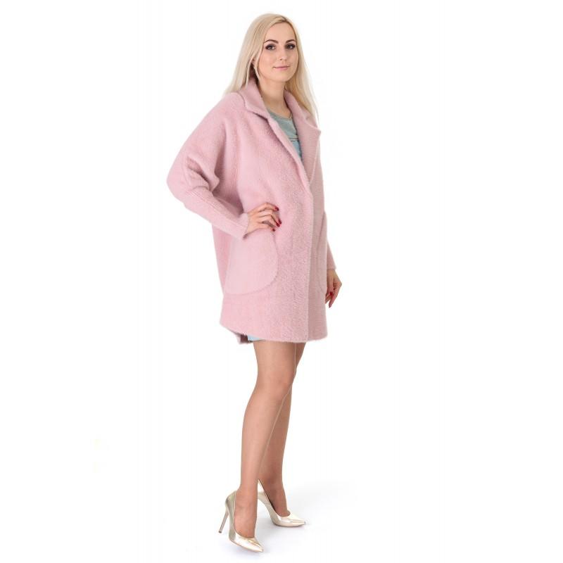 Кардиган-пальто жіноче пудрового  кольору на довгий рукав з капюшоном до  колін на гудзики