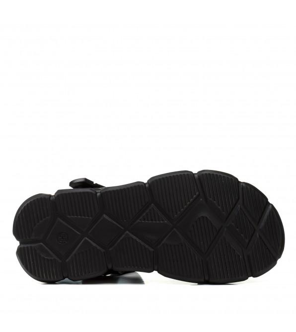 Босоніжки жіночі чорні шкіряні на тракторній підошві Pino dangio