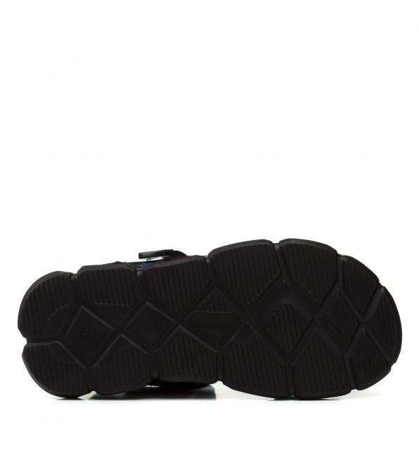 Босоніжки жіночі чорні, на тракторній підошві Pino dangio