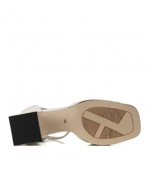 Босоніжки шкіряні на широкому каблуку Geronea