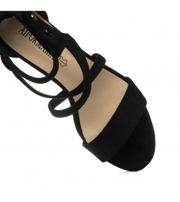 Босоніжки жіночі чорні на товстому каблуці Aiformaria