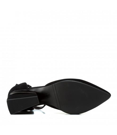 Босоніжки жіночі замшеві чорні на товстому каблуку