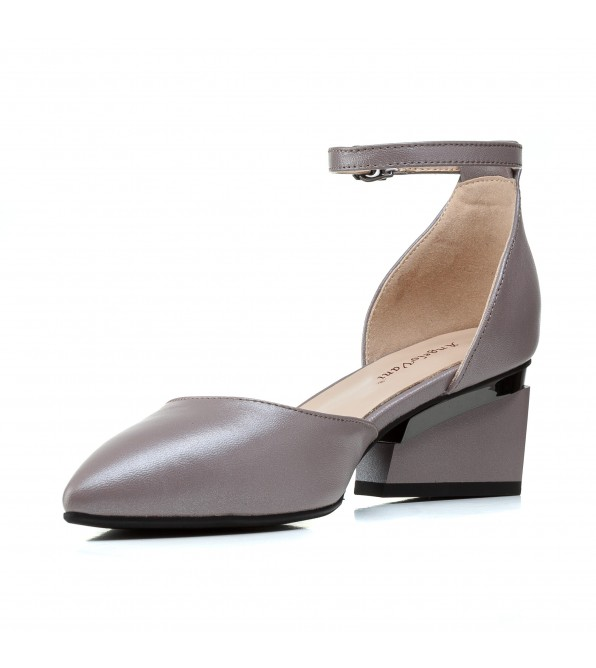 Босоніжки жіночі шкіряні сірі на товстому  каблуку Perra Donna