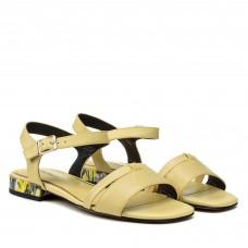 Босоніжки жіночі шкіряні жовті на низькому каблуці Geronea