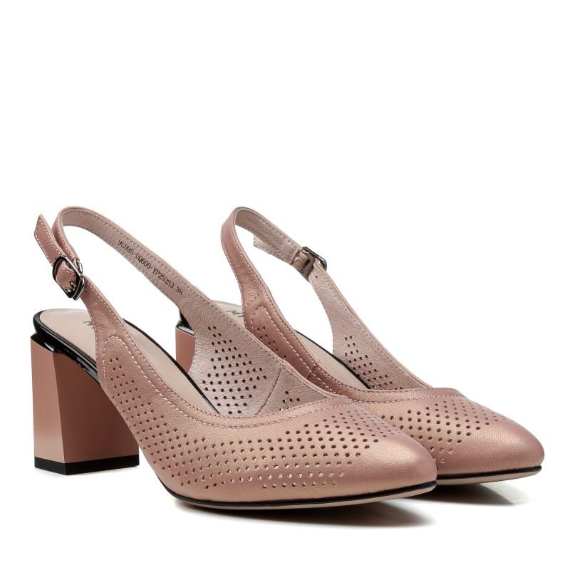 Босоніжки жіночі шкіряні рожеві на стійкому каблуку