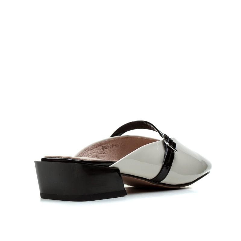 Шльопанці жіночі шкіряні кремові на товстому каблуку Vidorcci