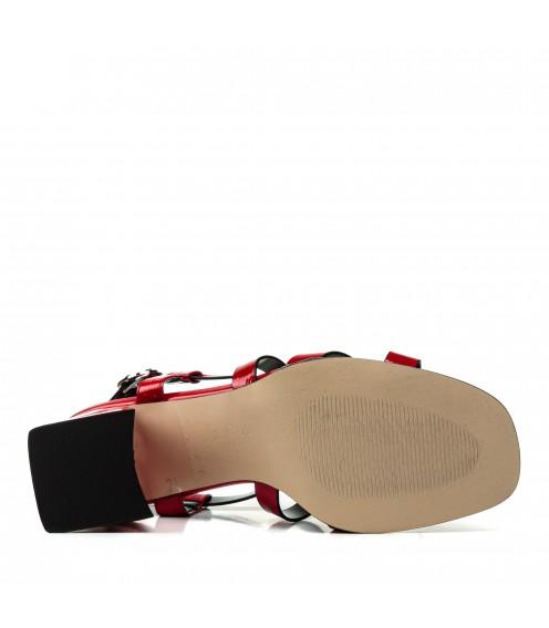 Босоніжки жіночі червоні, лакові, шкіряні, на каблуці AIFORMARIA