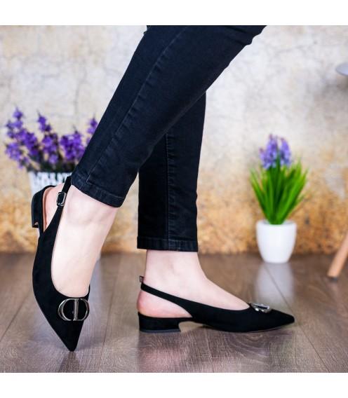 Босоніжки жіночі замшеві чорні на низькому каблуку