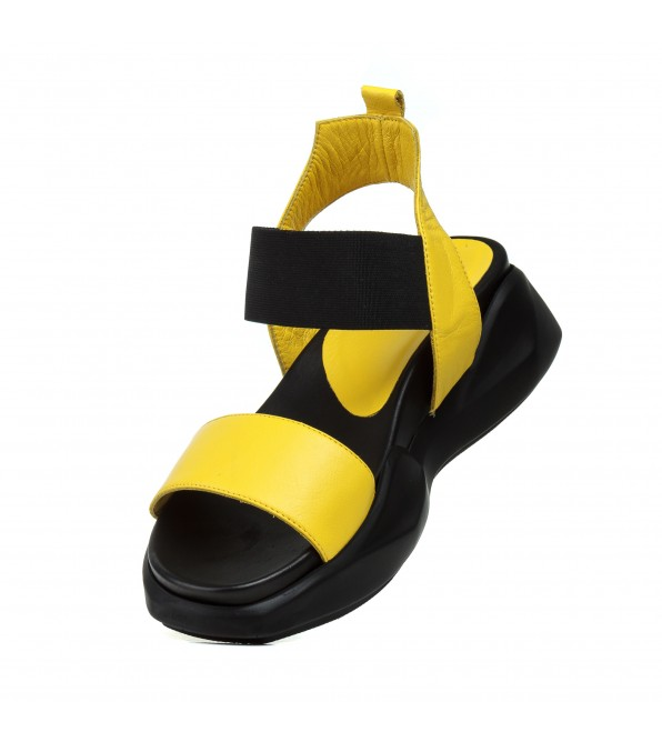 Босоніжки жіночі шкіряні, жовті, на платформі Aquamarin Туреччина