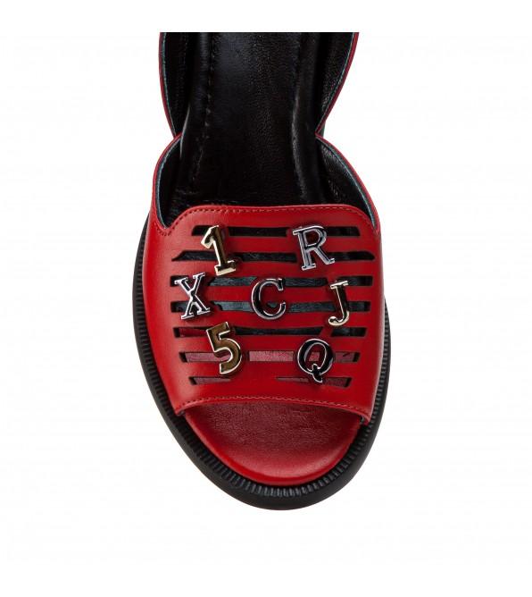 Босоніжки жіночі шкіряні червоні на платформіі Aquamarin