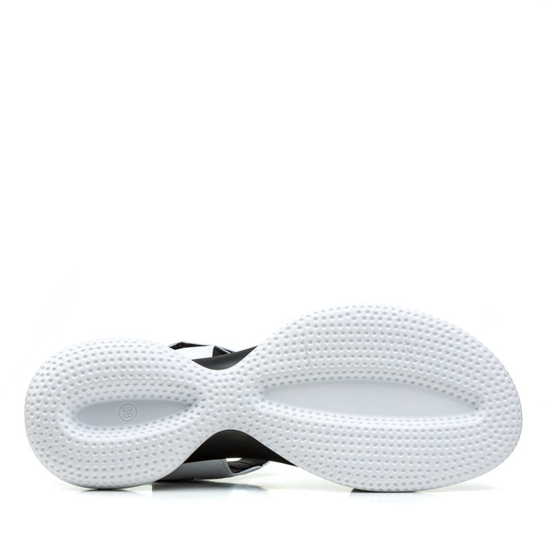 Босоніжки жіночі шкіряні білі на платформі спортивні Teona