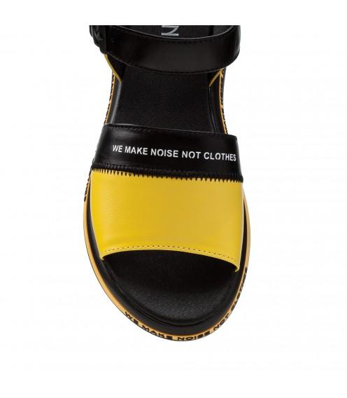 Босоніжки жіночі шкіряні жовті на низькому ходу,платформі Teona