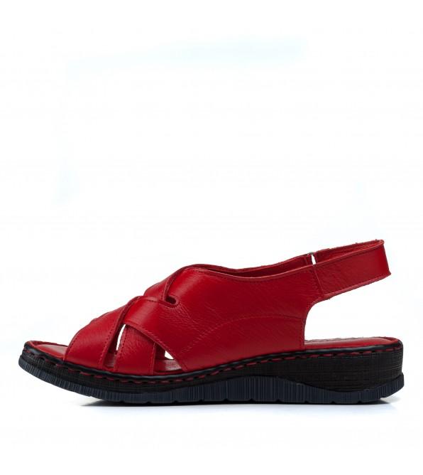 Босоніжки жіночі шкіряні червоні на низькому ходу,платформі Турція