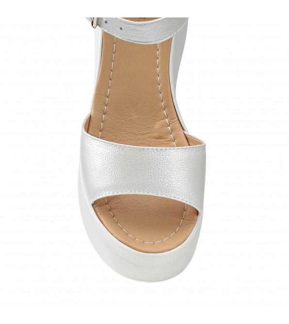 Босоніжки жіночі білі, на танкетці та платформі, шкіряні All shoes
