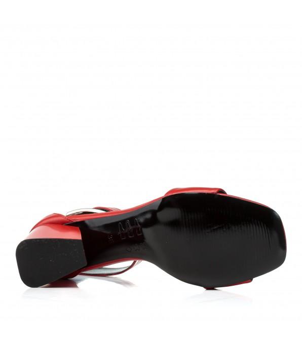 Босоножки кожаные красные стильные на толстом каблуке Guero