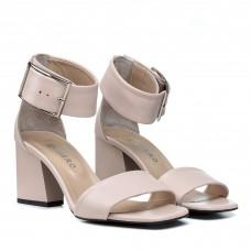 Босоножки кожаные пудровые стильные на толстом каблуке Guero