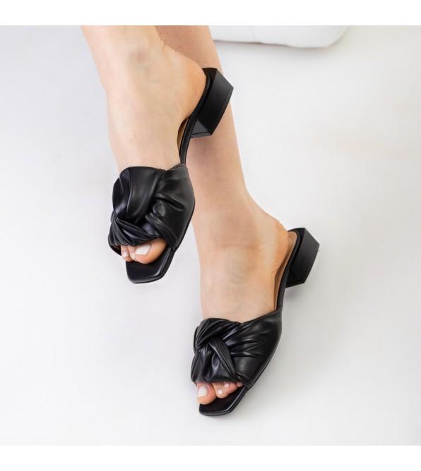 Шльопанці жіночі чорні шкіряні ка каблуці Aquamarin