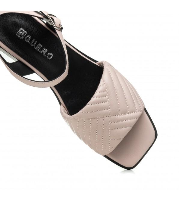 Босоніжки жіночі шкіряні пудрові на каблуці Guero