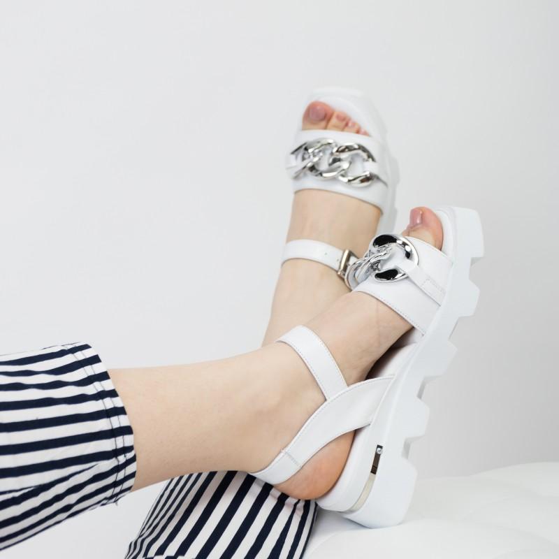 Босоніжки жіночі білі шкіряні Guero