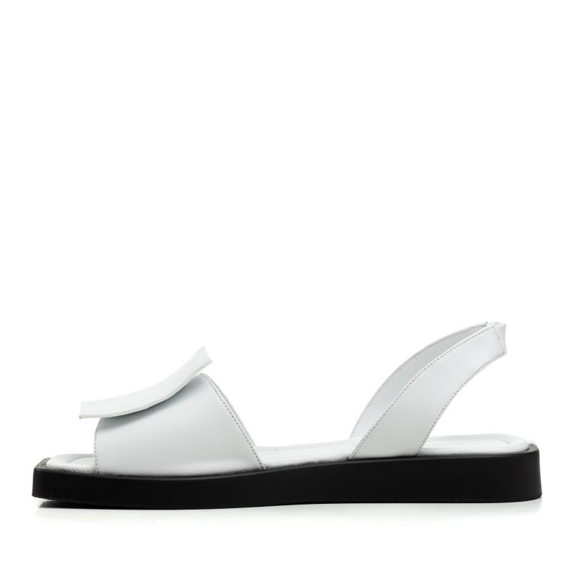 Босоніжки жіночі шкіряні на низькому ходу білі Evromoda