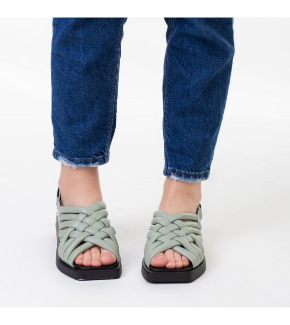 Босоніжки жіночі шкіряні без каблука зелені Evromoda