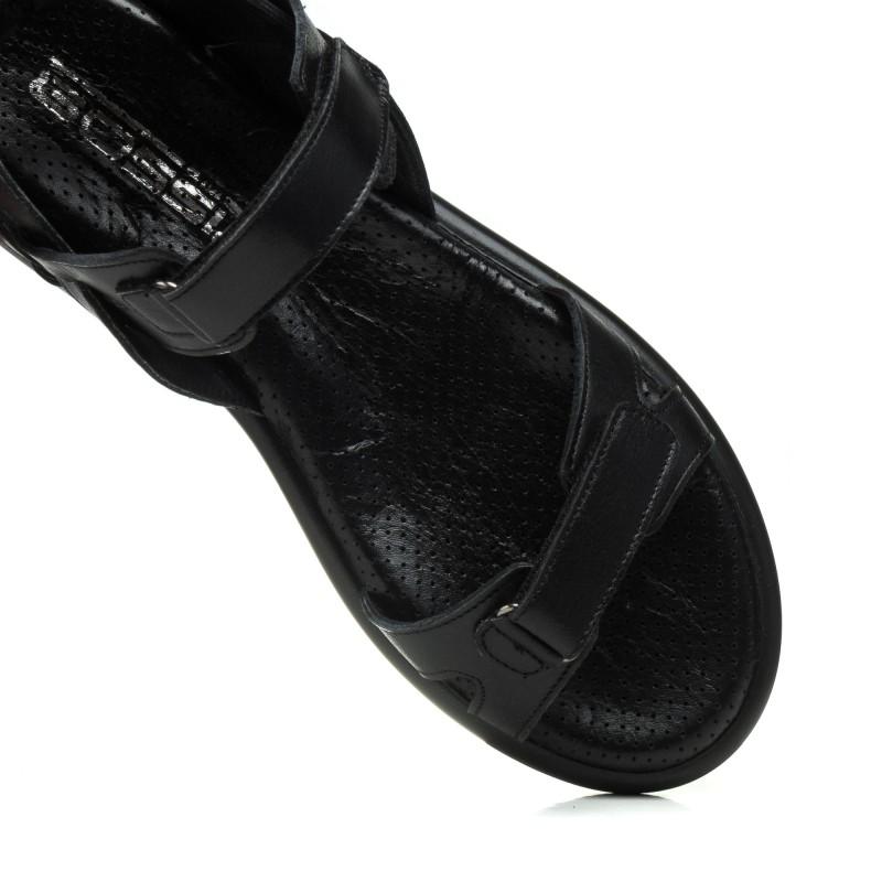 Босоніжки шкіряні чорні на плоскій підошві Gossi