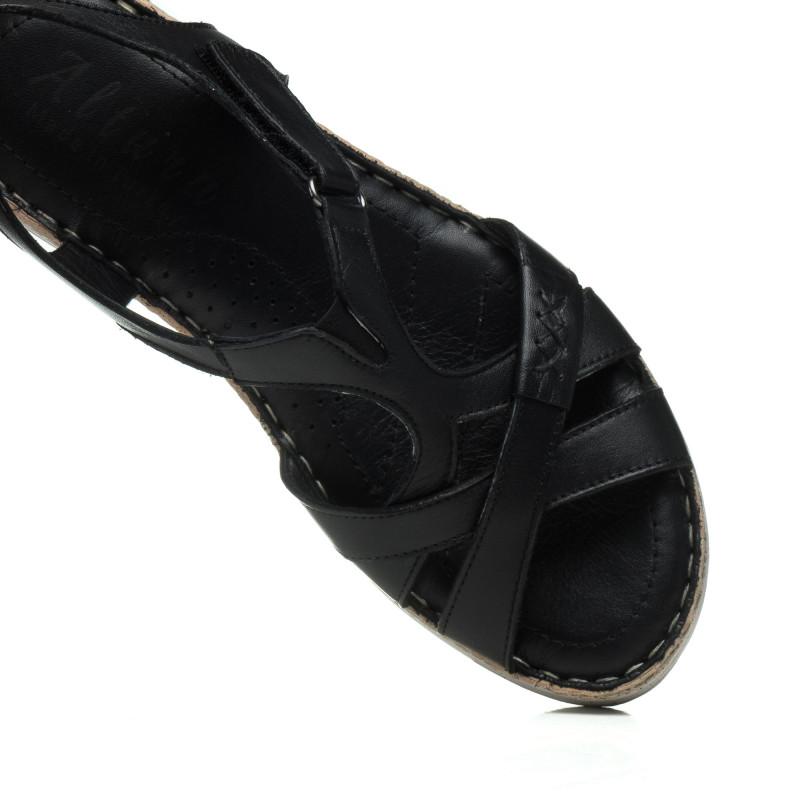 Босоніжки шкіряні чорні на низькому ходу altura