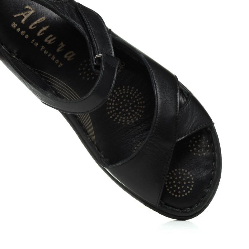 Босоніжки шкіряні чорні на altura