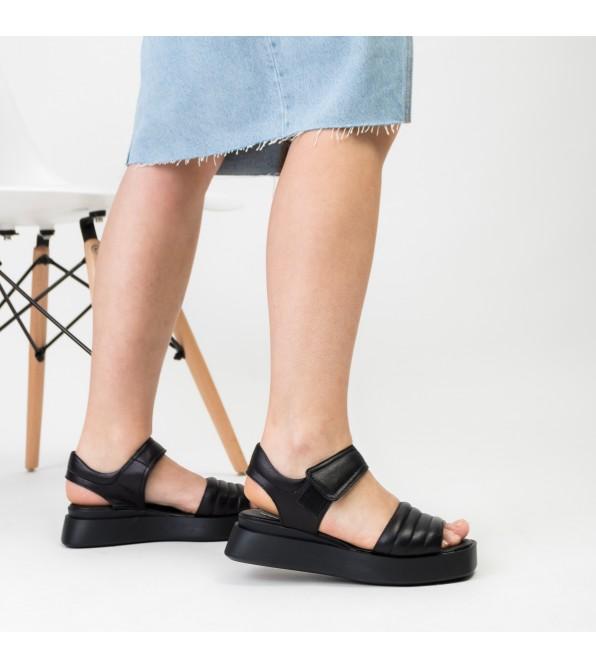 Босоніжки шкіряні чорні на платформі Teona