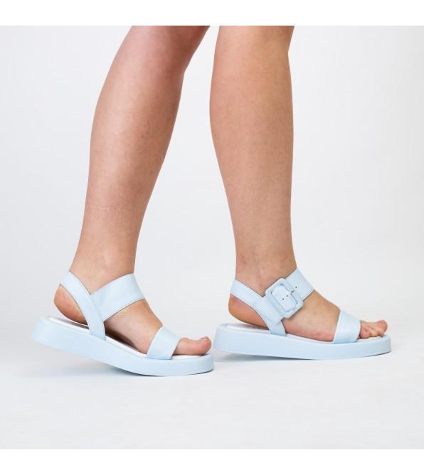 Босоніжки шкіряні блакитні  на низькому ходу Teona