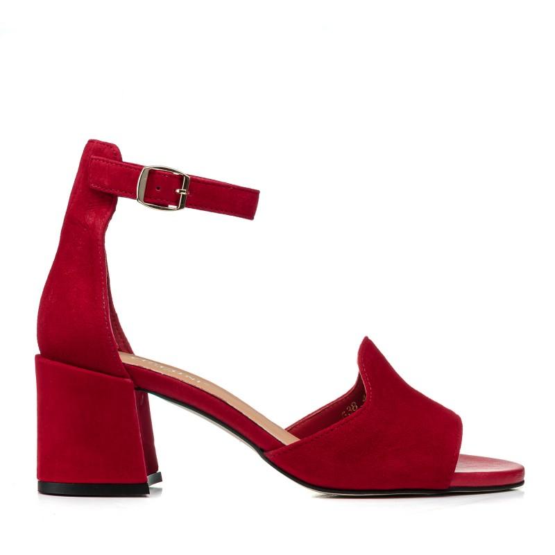 Босоніжки жіночі замшеві червоні на товтому каблуці Visconi