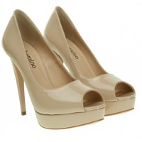 Туфли женские бежевые лаковые на шпильке Gelsomino