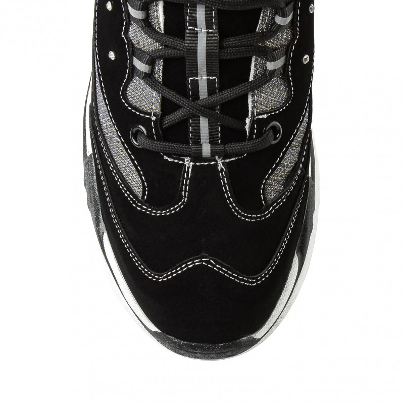 Кросівки жіночі чорні на високій підошві Linda