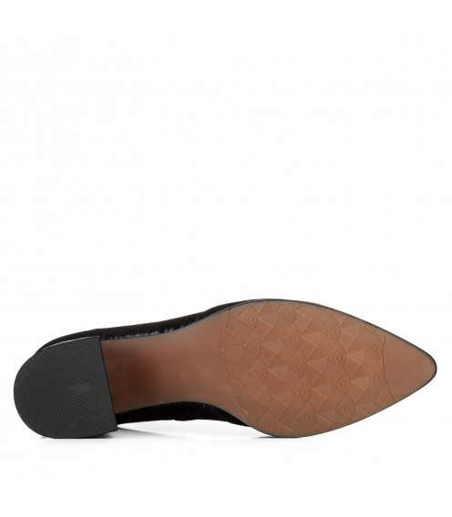 Туфлі на зручному каблуці чорні з переливом Polann
