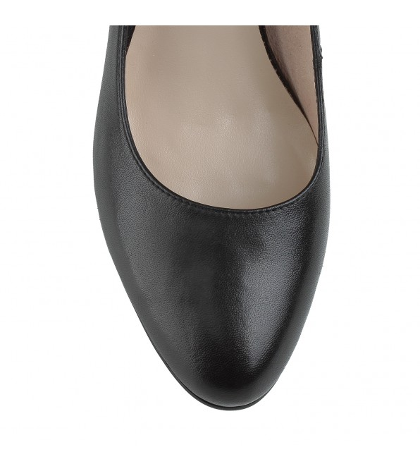 Туфлі жіночі шкіряні чорні на стійкому каблуку