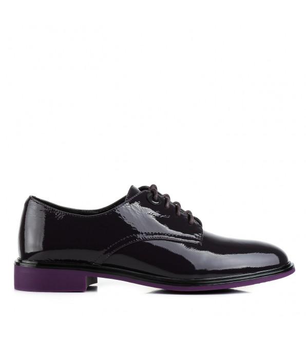 Туфлі жіночі шкіряні лакові фіолетові на товстому каблуку