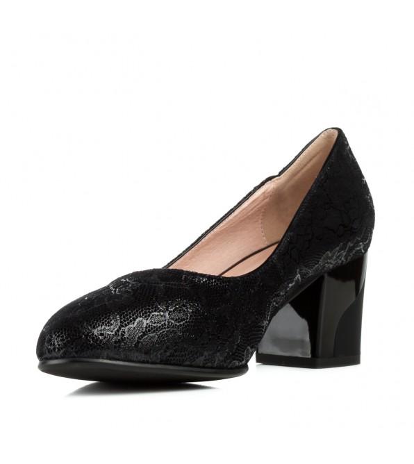 Туфлі жіночі замшеві чорні на стійкому каблуку