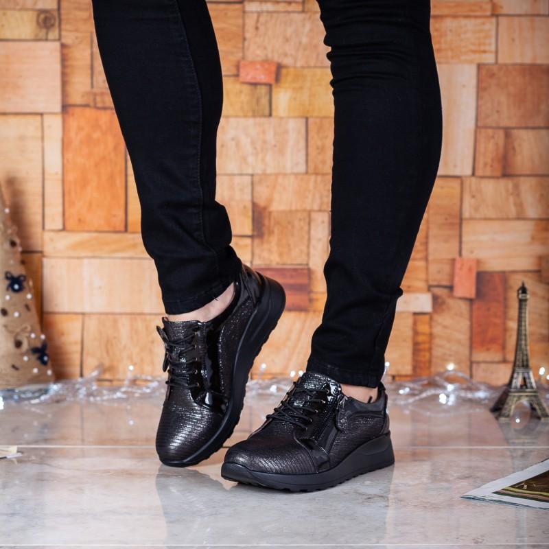 Кросівки жіночі шкіряні чорні на плвтформі Meegocomfo