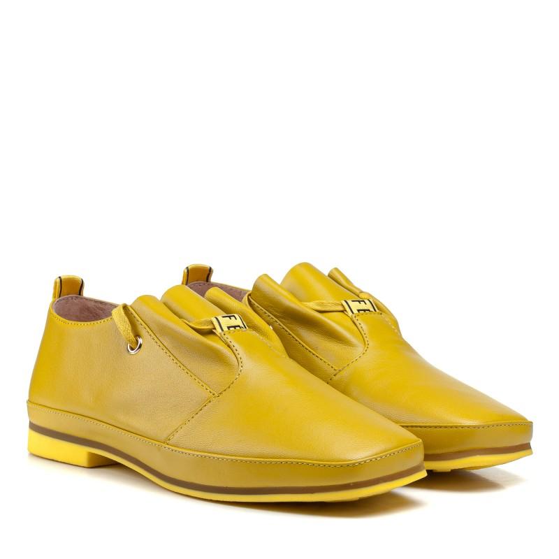 Туфлі жіночі шкіряні жовті на низькому каблуці Suffina