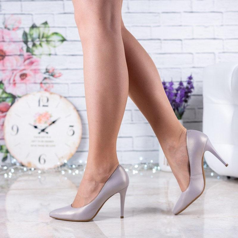 Туфлі лодочки жіночі шкіряні сірі на шпильці
