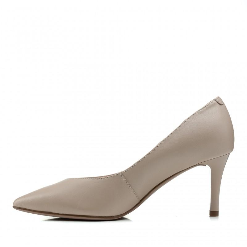 Туфлі лодочки жіночі шкіряні бежеві на шпильці