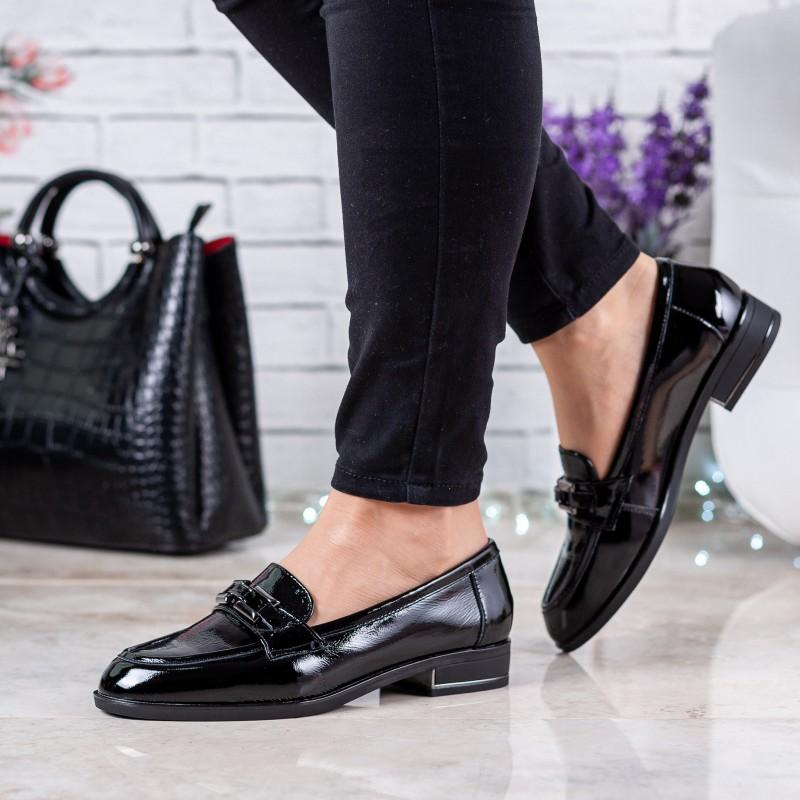 Туфлі жіночі шкіряні лакові чорні на низькому каблуку Deenoor