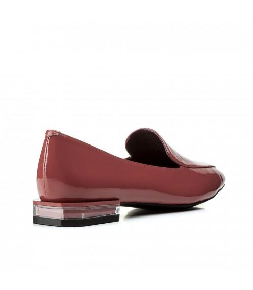 Туфлі жіночі шкіряні лакові рожеві на низькому каблуку