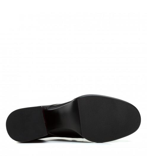 Туфлі жіночі шкіряні чорні на товстому стійкому каблуку