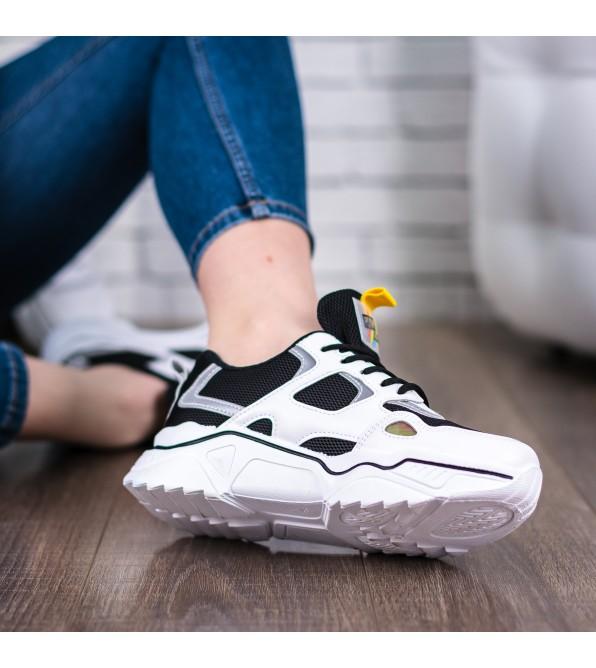 Кросівки жіночі спортивні білі на високій підошві Prima darte